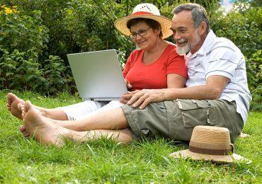 Кредит в МФО для пенсионеров и пожилых людей