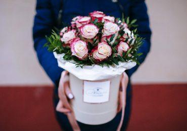 Заемщики будут дарить цветы на 8 марта
